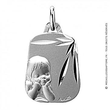 Médaille Chérubin ciselée trapèze (Or Blanc)