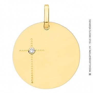 Médaille croix et diamant en or jaune
